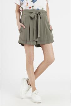 Short cintura elasticada con amarra